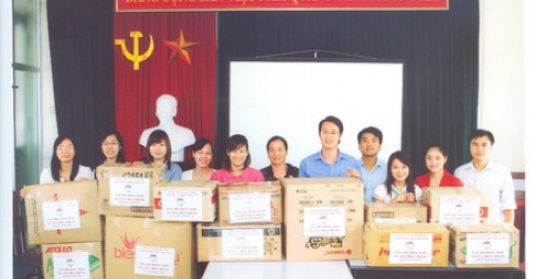 Đoàn Thanh niên Công ty CP Điện Việt Lào hướng về đồng bào lũ lụt miền Trung