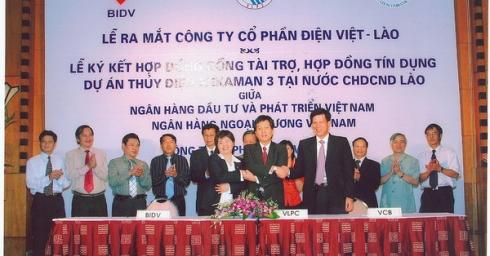 Ký kết hợp đồng tài trợ và hợp đồng tín dụng cho thuỷ điện Xêkaman3 tại Lào