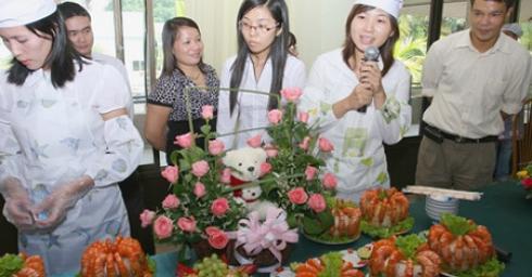 Ban Nữ công Công ty cổ phần điện Việt - Lào giành Giải đặc biệt Hội thi