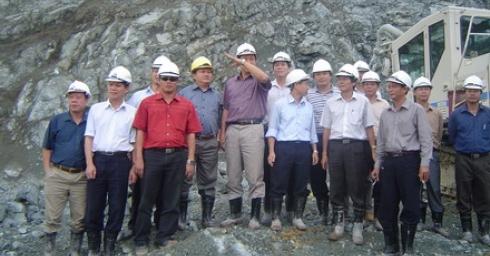 Chủ tịch HĐQT Tổng công ty Sông Đà thăm và làm việc tại công trường thủy điện Xekaman 3