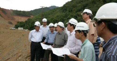 Vietnamese Minister of Construction visits Xekaman 3 Hydropower Project work site in Lao PDR