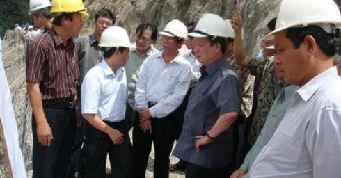 Bộ trưởng Xây dựng Nguyễn Hồng Quân thăm và làm việc tại công trường thuỷ điện Xekaman 1
